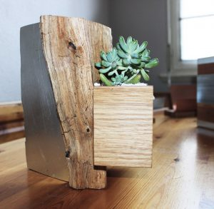 Cache-pot et autres objets de déco artisanales en bois et zinc realisés à Strasbourg
